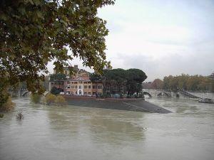 """The """"ship's prow"""" of Tiber Island"""