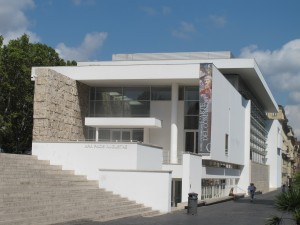 The modern museum building by Richard Meier