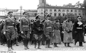 Nazis, including Himmler, in Rome at Piazza Venezia.