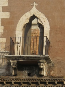 The lovely window of the Casa dei Cavalieri di Rodi