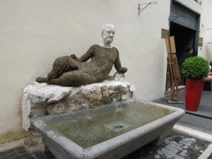 Babuino, with his fountain
